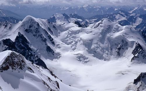 высокие горы фото с самолета
