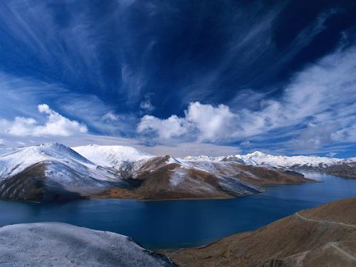 красивые горы с облаками фото