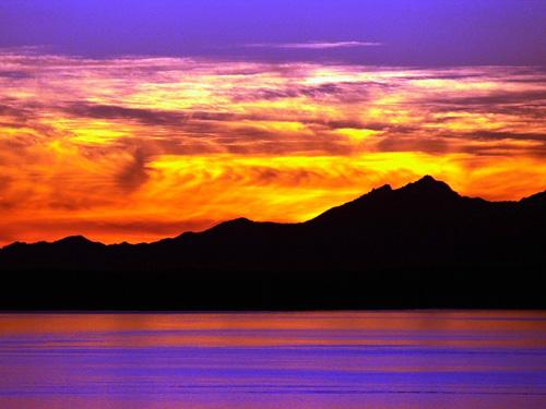фото гор на закате