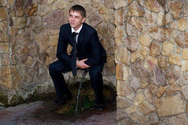 идиотская свадебная фотка
