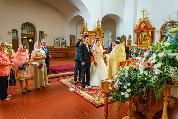 пантелеймоновский собор феофания венчание
