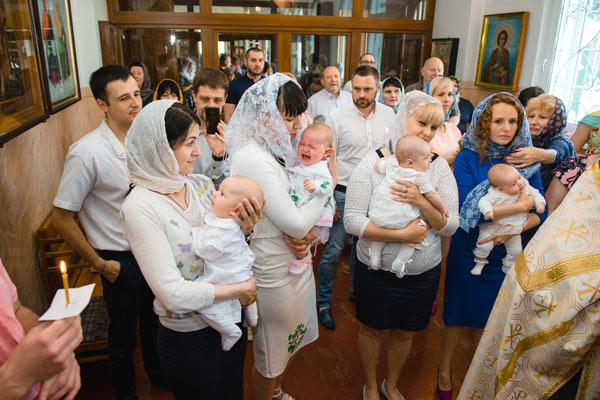 групповое крещение в феофании